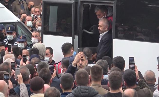 Sedat Şahin Kardeşi Nihat Şahin'in Cenazesine Katıldı