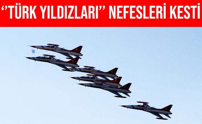 Türk Yıldızları'nın Fethiye'deki Gösterisi Nefesleri Kesti