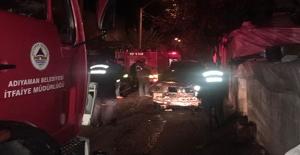 Adıyaman'da iki otomobil yandı
