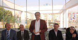 AK Parti Nilüfer emekli öğretmenlerle buluştu