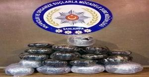 Şanlıurfa'da Otomobilin Bagajından 91 Kilo Esrar Çıktı