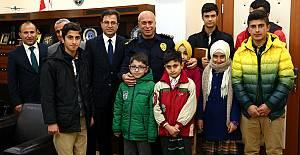 Hakkari halkından polise başsağlığı ziyareti