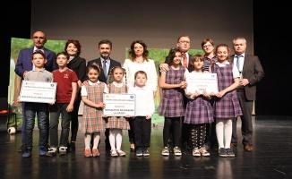 Bursa'da En çok atık pil toplayan okullar ödüllendirildi