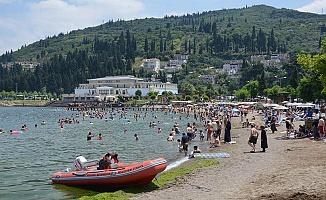 Kocaeli'de tatilciler sahillere akın etti