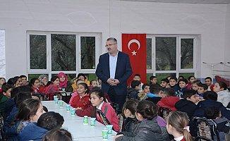Ali Özkan'dan Miniklerle Okuma Etkinliğine Katıldı