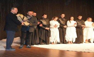 'Troyalı Kadınlar' Çanakkale'de büyük ilgi gördü