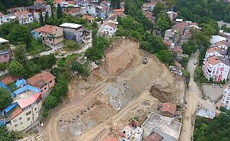 Bursa'da Zemini Çöken Mahallede Çalışmalar Sürüyor