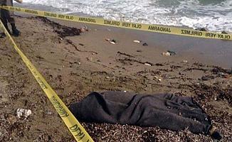 Bursa'da Denizde Erkek Cesedi Bulundu