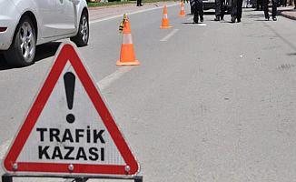 Bursa'da Feci Kaza! Alkollü Sürücü Dükkana Daldı: 2 Ölü