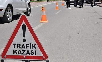 Bursa'da İki Aracın Çarptığı Şahıs Ağır Yaralandı