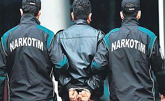 Bursa Polisi Okul Çevrelerindeki Torbacılara Göz Açtırmıyor