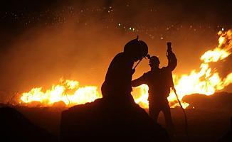 Bursa İznik'te Pekmez Kazanından Çıkan Yangın 2 Evi Küle Çevirdi