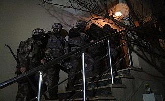 Bursa'da Zehir Tacirlerine Operasyon: 5 Gözaltı