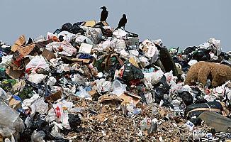 Bursa Osmangazi'deki Evden 8 Kamyon Çöp Çıktı!