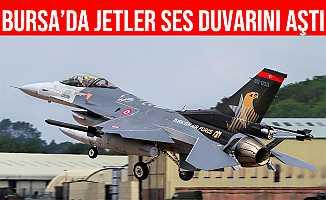 Bursa'da Uçan F10 Jetler Ses Duvarını Aştı, Sonic Patlama Oldu