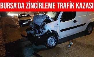 Bursa'daki Zincirleme Trafik Kazasında 4 Kişi Yaralandı