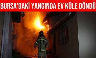 Bursa Osmangazi'de 2 Katlı Bina Alev Alev Yandı