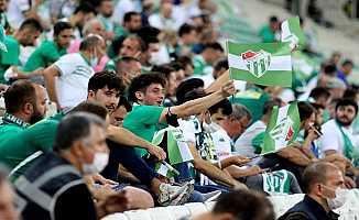 Bursaspor'un Timsah Park'taki 4 Maçına 19 Bin 961 Taraftar Geldi